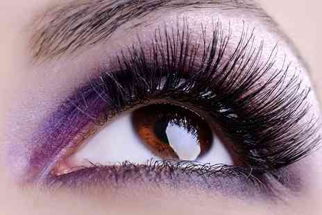 Blinking Smooth - Semi Permanent Eyelash Extensions - Save 27%