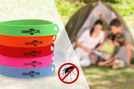 Targarian - Pack of 10 or 20 Deet Free Mosquito Repellent Wristbands - Save 38%