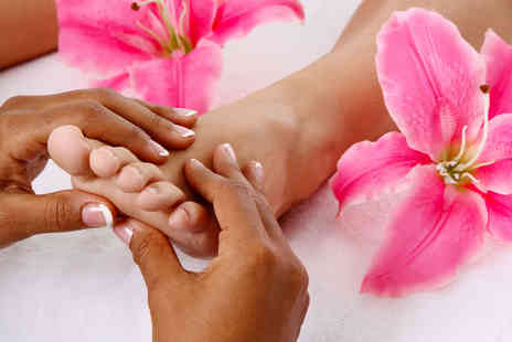 Soul Space Salon - Reflexology session with lower leg massage - Save 52%