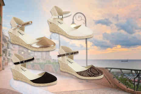 MY UL - Pair of closed toe espadrille wedge sandals - Save 53%