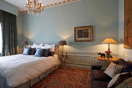 JVR 108 Luxury Guesthouse - Five Star 2 nights Stay in a Junior Suite - Save 37%