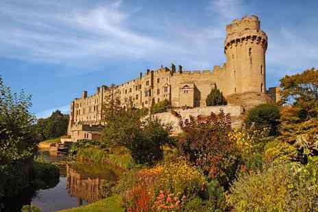 Golden Tours - 10 hour Discover Oxford, Stratford, Cotswolds and Warwick Castle coach tour - Save 50%