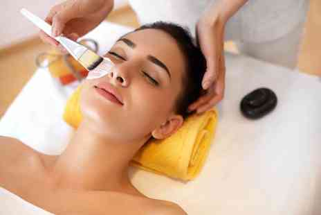 Perfection by Mona - Enjoy a relaxing facial. Choose a cleansing, deep cleansing, polishing or dark circles facial - Save 65%