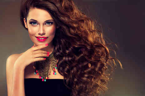 House of Kendal - Wash, cut and blow dry with a senior stylist - Save 0%