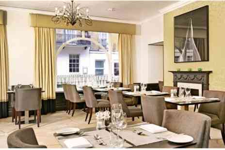 Hilton London Green Park - Three Course Dinner & Bubbly - Save 49%