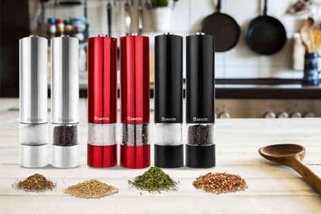 Savisto - Pair of electronic salt and pepper grinders choose from silver, red or black - Save 63%