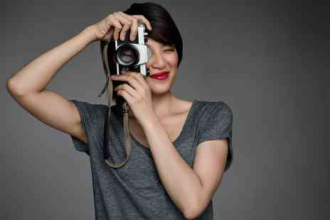 Photography Made Easy - 20 Module Photography Course - Save 95%