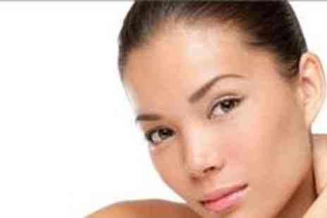 UT Beauty - Diamond microdermabrasion and a mini facial - Save 79%