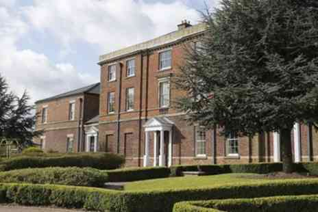 Moat House Hotel - Staffordshire Stay For 2 With Leisure Access With Option For Dinner - Save 0%