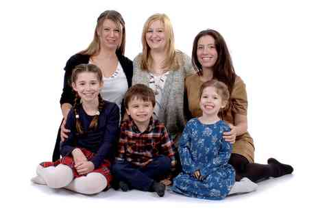 "Flashy Photography - One Hour Family Photoshoot for Up to Six with Ten  6"" x 4"" Prints and Two Key Rings - Save 0%"