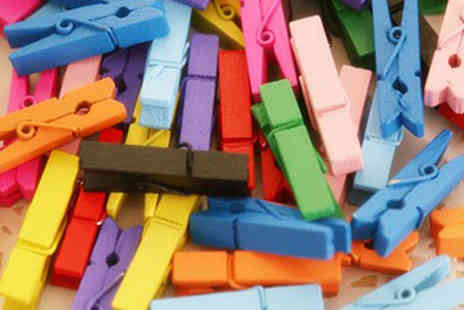iThink Gadgets - Pack of 50 or 100 Colourful Mini Wooden Pegs - Save 87%