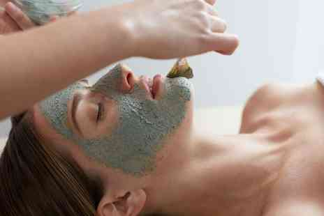 Essential Beauty - One Hour Deep Cleanse Facial - Save 58%