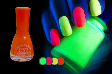 Deals 2 You - Four glow in the dark nail varnishes - Save 50%