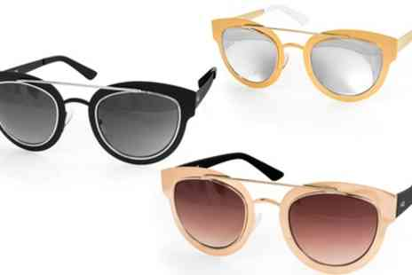 AQS Brand Inc - AQS Womens Jolene Arched Brow Bar Sunglasses in Choice of Colour With Free Delivery  - Save 90%