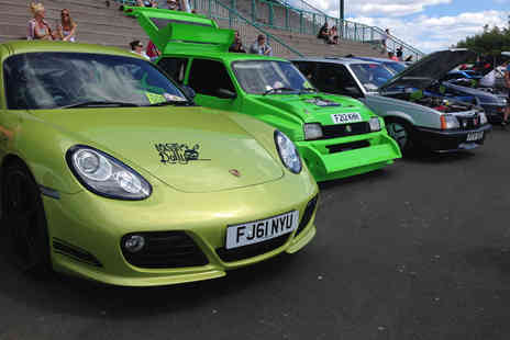 Newcastle Car Show - Entry for two to Newcastle Car show on Saturday 6th or Sunday 7th August 2016 - Save 40%
