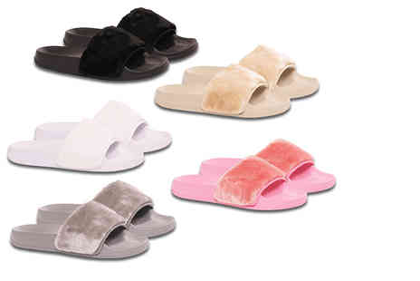 MY UL - Pair of summer sliders channel Kim Kardashians style - Save 54%
