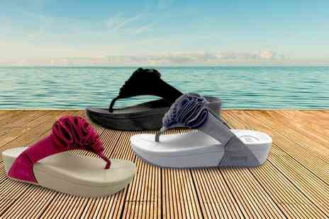 EF Mall - Pair of platform flip flop sandals choose from three colours - Save 67%