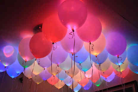 ToyMeetsWorld - Pack of LED Balloons 5, 10, 15 or 20 - Save 70%