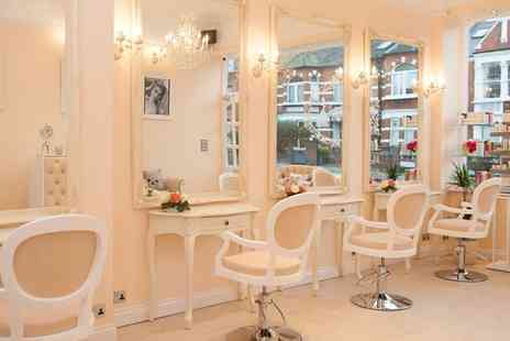 La Durbin Boutique - Wash, Cut and Blow Dry with a Glass of Bubbly and an Optional Conditioning Treatment - Save 60%