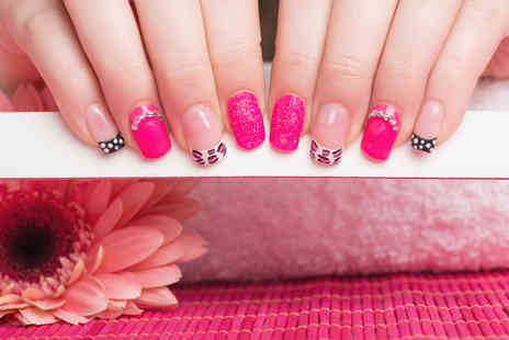 Spotlight Salon and Academy - Nail art masterclass - Save 87%
