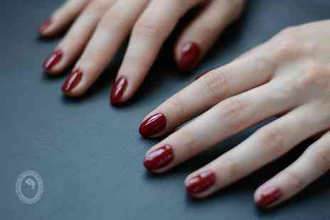 Hair De La Reine - Manicure - Save 0%