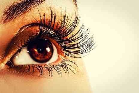 Balance Oriental Health Centre - Eyelash and Eyebrow Tint Treatment - Save 0%