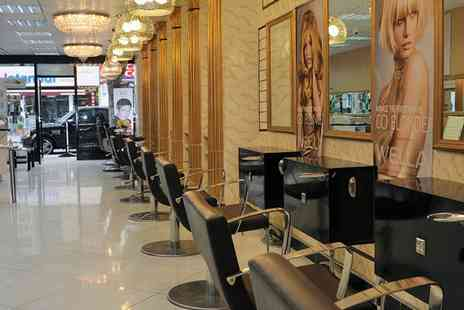 The Royal Palace - Blow Dry - Save 0%
