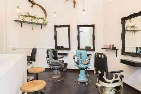Bar Hair Ink - Manicure and shellac - Save 44%