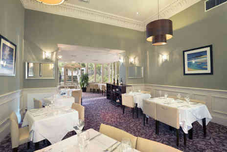 Crowne Plaza - Lunch and a glass of Prosecco for two - Save 54%