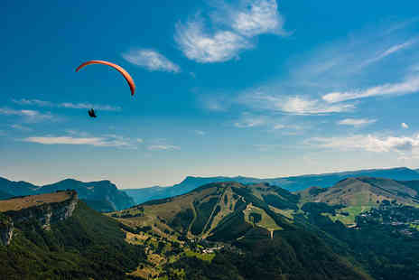 SunSoar Paragliding - Paragliding experience for one - Save 55%
