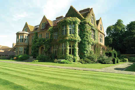 Horwood House - Buckinghamshire stay for two with breakfast or with two course dinner or include £20 treatment credit - Save 49%
