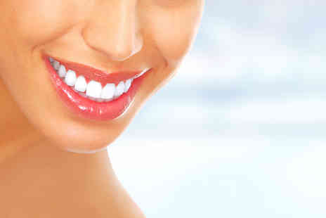 Diamond Dental and Medical Clinic - 30 minute session of laser teeth whitening - Save 77%
