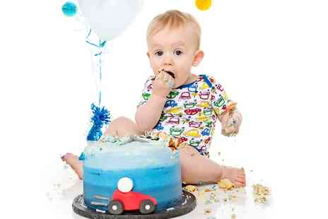 Studio1314 - Baby Cake Smash Photoshoot with Five Prints - Save 97%