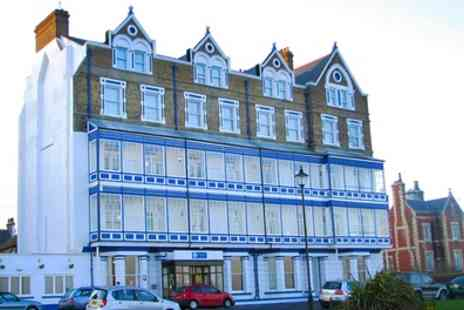 Comfort Inn Ramsgate - One to Three Nights Stay for Two with Breakfast, Gym, Sauna Access and Late Check Out - Save 0%