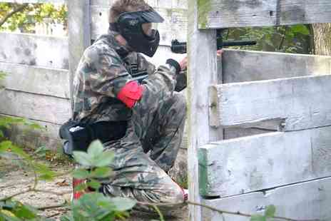 Command Zone - Paintball Experience with 200 Balls, Hot Dog and Hot Drink - Save 0%