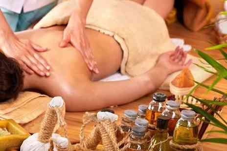 Hearts Beauty - Aromatherapy Back Massage - Save 50%