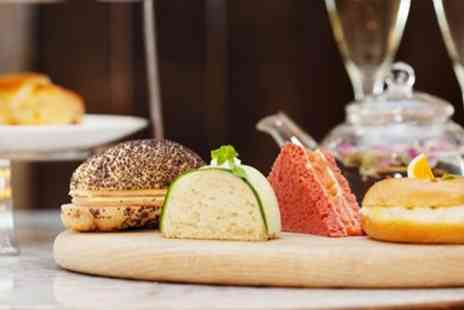 The London Marriott Hotel - Afternoon Tea & Queens Favorite Cocktail - Save 47%
