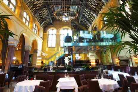 Galvin Brasserie De Luxe - Glamorous Michelin Starred Lunch & Bubbly in London - Save 33%