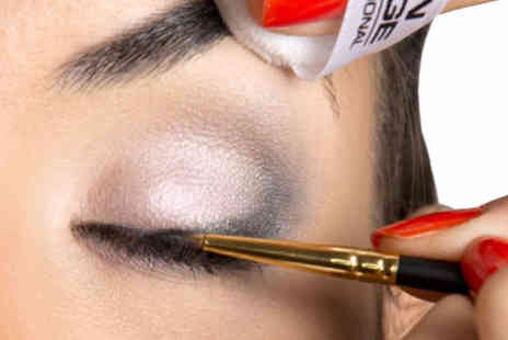 Seventa Image Academy - Two hour makeup masterclass & brush set - Save 87%
