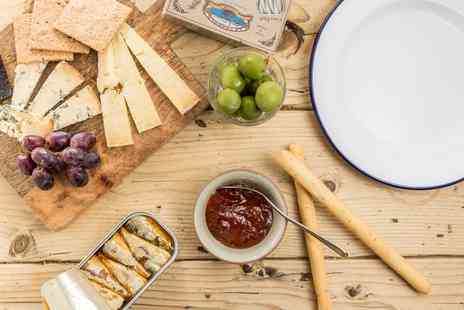 Yield N16 - Charcuterie Platters With Prosecco For Two Or Four - Save 0%