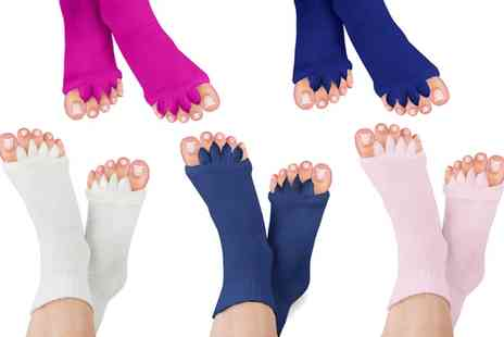 Groupon Goods Global GmbH - Foot Alignment Socks in Choice of Colour - Save 0%