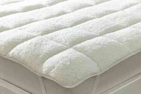 Groupon Goods Global GmbH - All Seasons Reversible Mattress Enhancer in Choice of Size - Save 80%