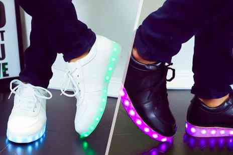 EF Mall - Pair of light up LED trainers - Save 84%