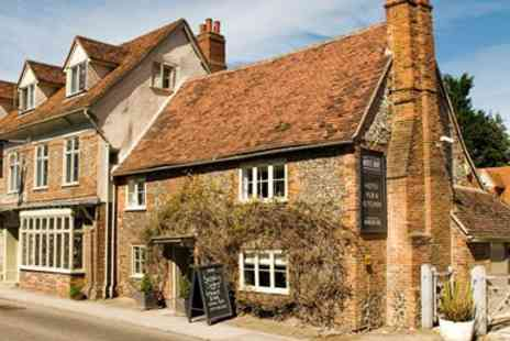 The White Hart - Oxfordshire Inn Stay include Three Course Dinner - Save 0%