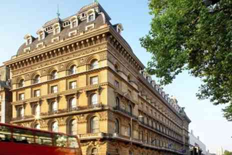 The Grosvenor Hotel - London Stay with Breakfast & Wine - Save 0%
