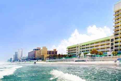 Daytona Beach Resort - Daytona Beach Oceanfront Hotel Stay with Breakfast - Save 0%