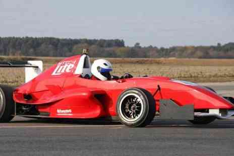 Drive Me - Three laps in a Formula Renault racing car - Save 0%