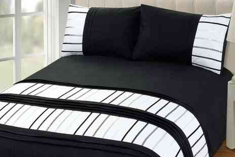 Groupon Goods Global GmbH - Brooklyn Duvet Set in Choice of Colour - Save 66%