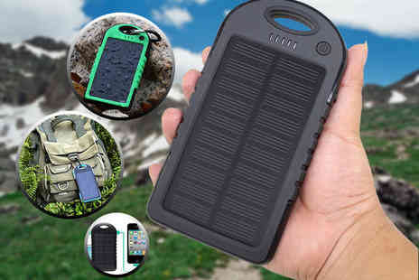 Bunjey - Solar powered 5000mAh dual USB portable power bank - Save 80%