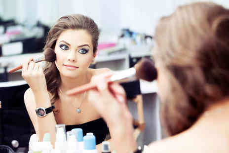 The Birmingham Creatives Academy - 2½ hour MAC makeup masterclass - Save 74%